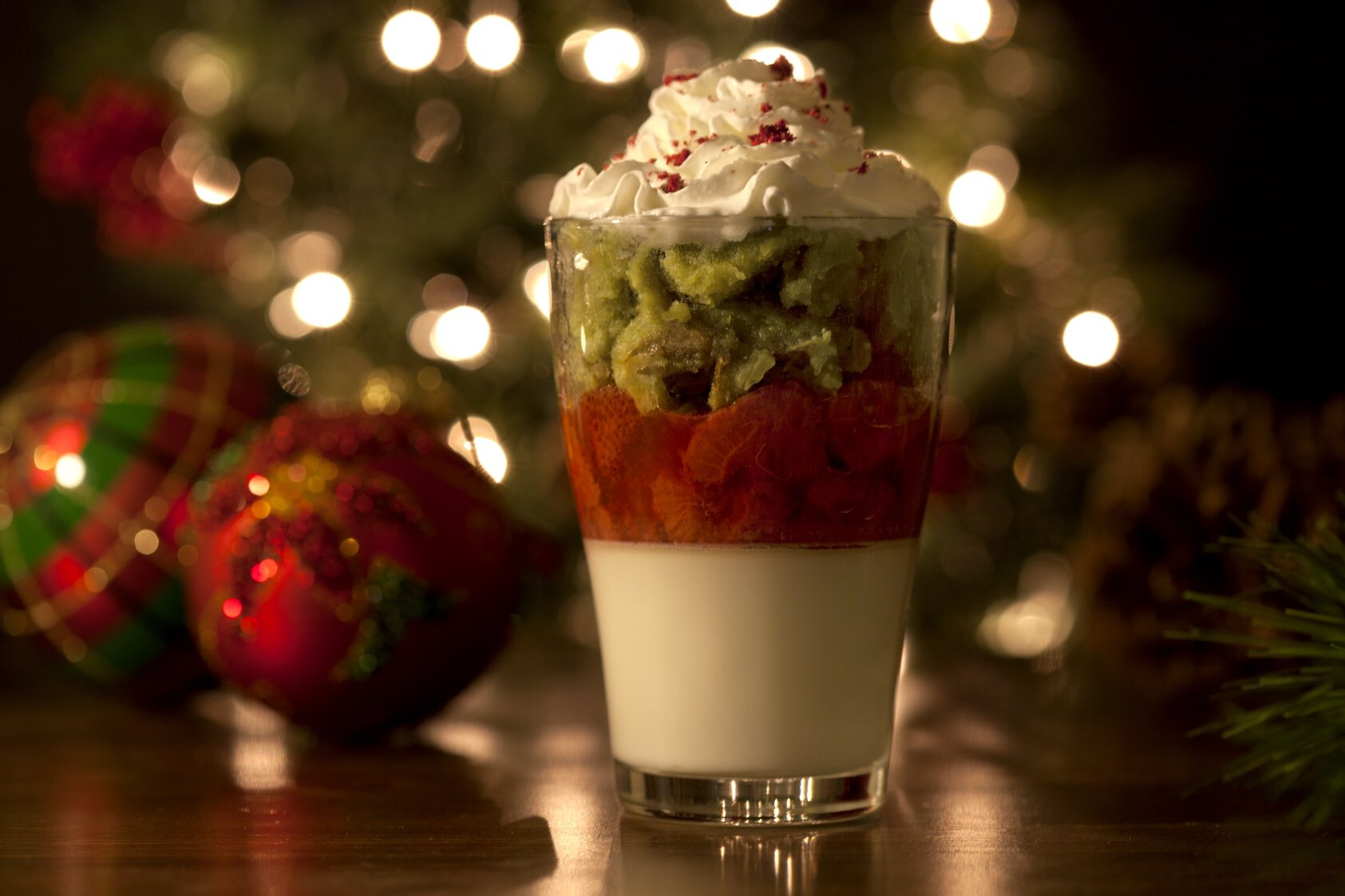 Christmas parfait that's red, green, and white